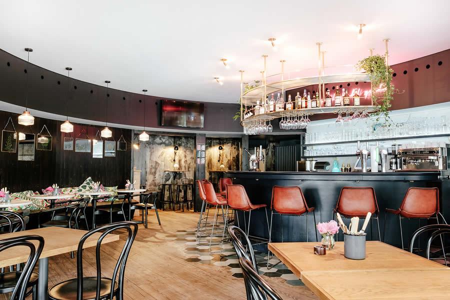 Le pavillon bar kitchen nominado para restaurant