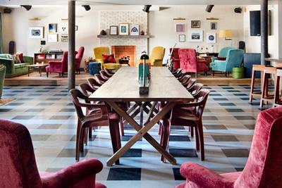 Soho-House-NY-Chair-Sol-Luna-Ft