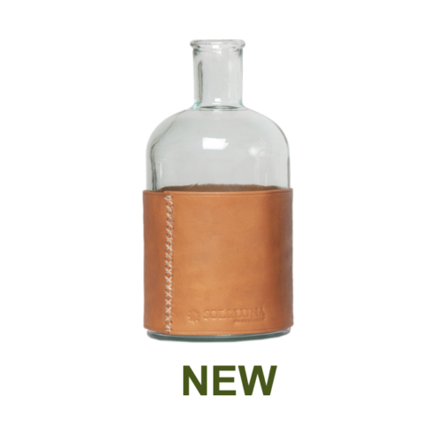 1 PN932LC Large water carafe and leather natural-en