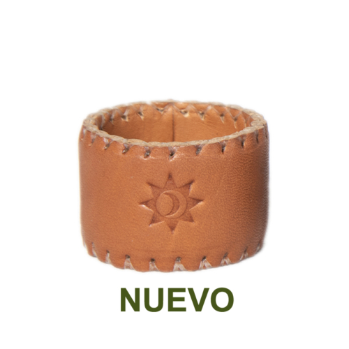 1 PN933C Leather napking ring in natural-es
