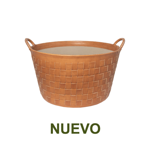 1 PN959LTC Large braided leather basket in natural-es