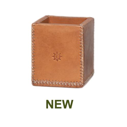 1 PN984C Pencil case natural leather-en