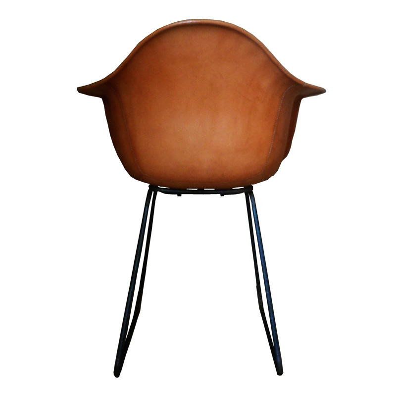 the back of the natural leather Armchair Sidney PN804F from Sol&Luna