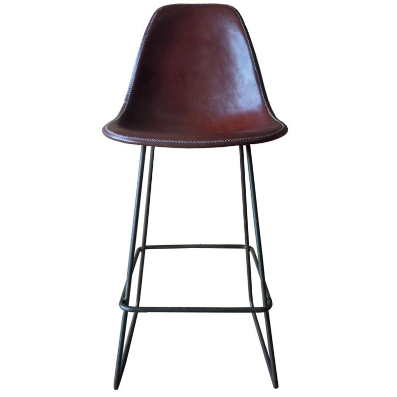 imagen frontal del taburete Asunción estructura de hierro y asiento de cuero marrón PN805 de Sol&Luna